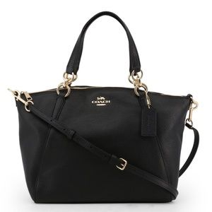 💖 Coach Pebble Leather Small Kelsey Black Gold